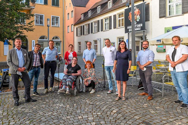 Sommergespräch auf dem Marktplatz Ulm zum Thema »Inklusion«